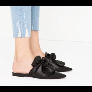 Cutest bow mules